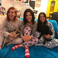 Festa do pijama Friend Photos, Youtubers, Bff, Christmas Sweaters, Best Friends, Party, Selfies, Wallpapers, Iphone