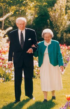 Teachings of Presidents of the Church: Gordon B. Hinckley Chapter 10: Nurturing the Eternal Partnership of Marriage