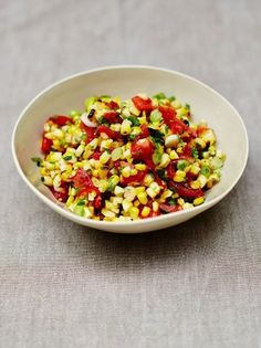 This corn salsa recipe from Jamie Oliver really is a crowd-pleaser. Sweetcorn is so kid-friendly and this corn salsa is a sure-fire winner with little ones. Vegan Recipes Easy, Mexican Food Recipes, Vegetarian Recipes, Cooking Recipes, Free Recipes, Corn Salad Recipes, Vegetable Recipes, Veggie Meals, Snacks Recipes