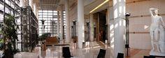 Bercy. Hall de l'hôtel des ministres
