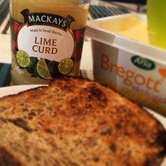 Världens godaste lime curd från #mackays såklart! #brunch #Stockholm #sweden #sundaybrunch