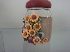 POTE GIRASSOL | Flávia Cristina | Elo7 Polymer Clay Projects, Clay Crafts, Diy And Crafts, Clay Jar, Recycled Glass Bottles, Decorated Jars, Clay Animals, Pasta Flexible, Clay Tutorials