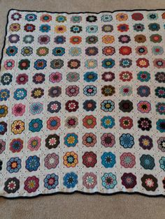 African Flower Square Blanket 2018 Crochet African Flowers, Square Blanket, Instagram Posts