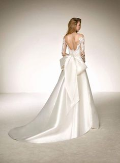 Searching for the latest wedding gowns & newest wedding dress designs? Bridal secrets offers a large selection of unique wedding dresses and bridal gowns that would make your wedding day. Big Wedding Dresses, Sheer Wedding Dress, Pronovias Wedding Dress, Luxury Wedding Dress, Wedding Dress Sleeves, Long Sleeve Wedding, Bridal Gowns, Marie, Fall Wedding