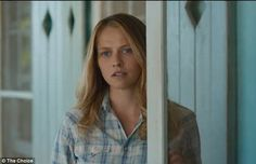 Teresa Palmer must decide between Benjamin Walker and Tom Welling in the new film 'The Choice.' Watch the first trailer here. The Choice Nicholas Sparks, Nicholas Sparks Movies, Teresa Palmer Kristen Stewart, Teresa Mary Palmer, The Choice Movie, Benjamin Walker, A Discovery Of Witches, Cartoon Tv Shows, Romance Movies