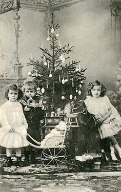 Vintage Christmas Photograph / Ephemera