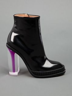 MAISON MARTIN MARGIELA - perspex heel ankle boot 7