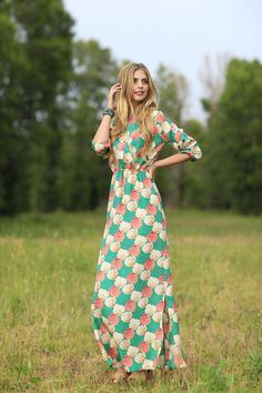 Eerbare kleding. Modest clothing. Bridget Maxi Dress from the Fall Collection by Shabby Apple