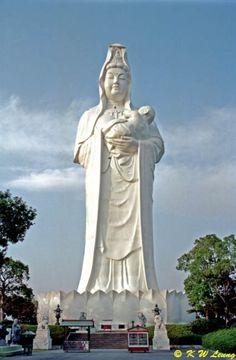 13. Jibo Kannon at Narita-san temple of Kurume, Fukuoka prefecture, Japan Height : 62 m