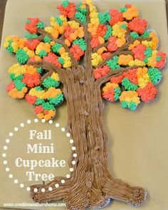 Fall Mini-Cupcake Tree Easy Fall Cupcake tree using mini cupcakes. Pull Apart Cupcake Cake, Pull Apart Cake, Coconut Cupcakes, Mini Cupcakes, Cheesecake Cupcakes, Cupcakes Fall, Holiday Cupcakes, Cupcake Tree, Cupcake Cakes