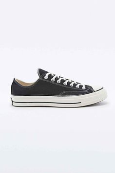 Converse Chuck Taylor '70s Trainers in Black