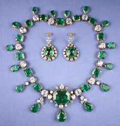 An emerald and diamond necklace and earrings created of jewels which may have been given by Catherine the Great to John Hobart, the Earl of Buckingham. The jewels were auctioned in November, by a descendant, the Marquess of Lothian. Royal Crown Jewels, Royal Crowns, Royal Tiaras, Royal Jewelry, Fine Jewelry, Emerald Necklace, Emerald Jewelry, Emerald Rings, Ruby Rings