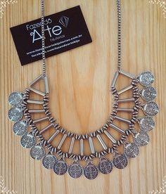 Colar Turco em breve no site...   #colar #colarturco #medalhas #boho #bohochic #bohostyle #style #tendencia #moda #wishlist #colardeuso #desejododia #necklace #novidade #queremosmuito #acessorio #acessory #biju #bijuteria #embrevenosite #fazendoartebiju