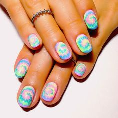 Tie dye hippie nails