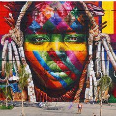 Street Art Paintings - Brazilian Graffiti Artist Paints World's Largest Street Mural for the Rio Olympics 3d Street Art, Murals Street Art, Kobra Street Art, Urban Street Art, Amazing Street Art, Art Mural, Street Art Graffiti, Street Artists, Amazing Art