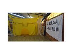 Realizei a hora do conto em nossa Feira Municipal do livro com A Bolsa Amarela. Imaginei os alunos entrando na Bolsa, saiba mais detalhes em :http://blogdabibl…