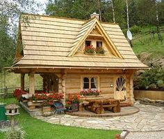 Tiny rustic log accommodation cottage in East Slovakia. Located near the village Bachledova Valley, between the Belianske Tatras and Spišská Magurou in the district of Poprad.