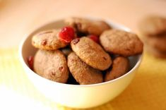 healthy biscuits for Veve Healthy Biscuits, Baby Food Recipes, Macarons, Kids Meals, Food And Drink, Orice, Cookies, Gem, Desserts