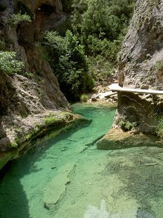 Holidays in Spain - gorgeous image Places To Travel, Places To Visit, Pool Waterfall, Spain Holidays, Sunset Landscape, Aragon, Spain Travel, Wanderlust Travel, Nature Pictures
