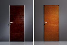 Tre-Piu - Planus leather hinged door