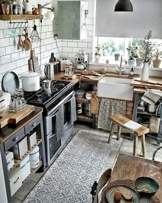 Your Dream Kitchen Design Can Now Become Reality – Farmhouse kitchen Home Decor Kitchen, New Kitchen, Interior Design Living Room, Home Kitchens, Kitchen Ideas, Kitchen Inspiration, Awesome Kitchen, Bohemian Kitchen Decor, Kitchen Retro