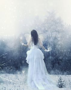 Enchanted Fairy in snow Snow Fairy, Winter Fairy, Fantasy Images, Fantasy Art, Fairytale Fashion, Beautiful Fairies, Snow Queen, Ice Queen, Through The Looking Glass