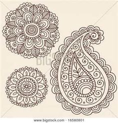 Getting the paisley to the right tattooed on my ankle!