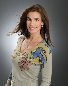 Check out production photos, hot pictures, movie images of Kristian Alfonso and more from Rotten Tomatoes' celebrity gallery! Long Hair Cuts, Long Hair Styles, Kristian Alfonso, Believe, Soap Stars, Celebrity Gallery, Cat Quotes, Days Of Our Lives, Famous Celebrities