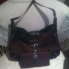 Etienne Aigner purse and wallet Like new great condition. Etienne Aigner Bags
