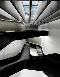 """Best Ideas For Architecture and Modern Design : – Picture : – Description """"MAXXI Museum"""" in Roma, Italy by Zaha Hadid Zaha Hadid Architecture, Amazing Architecture, Art And Architecture, Architecture Details, Architectes Zaha Hadid, Design Museum, Modern Design, House Design, Stairs"""