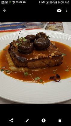 ... , over velvety Mashed Potatoes, topped with robust Crimini Mushrooms