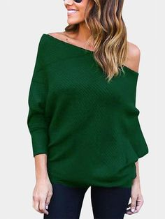 With this off-shoulder jumper, you will remember that simplicity is the highest form of comfort.  It comes with bat long sleeves, off shoulder and loose design. Team this jumper with your skinny jeans for a fashion autumn look.