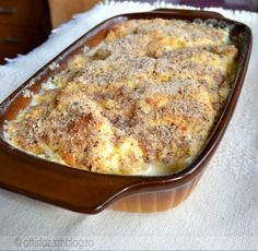 Krémes galuska Hungarian Desserts, Hungarian Recipes, Sweet Recipes, Cake Recipes, Dessert Recipes, Delicious Desserts, Fall Desserts, Yummy Food, Twisted Recipes