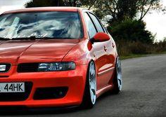 Seat Leon Cupra R Mk1 Red On White Wheels