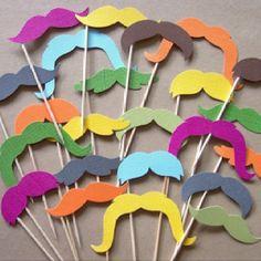 Moustache cupcake decorations!