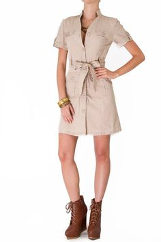 Vestidos Feminine Fashion, Feminine Style, Vestidos Safari, Brown Dress, Shirt Dress, Night, Womens Fashion, Cover, Casual