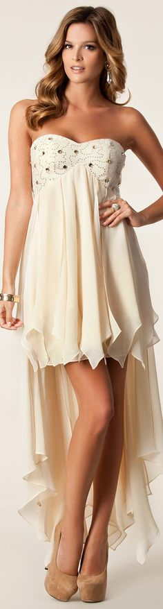 Hi-lo handkerchief hem gives this dress stand out detailing. NLY EVE / FAIRY DRESS #sexy #strapless #dress