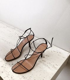Celine sandals -- delicately strappy black and tan. Celine, Look Fashion, Fashion Shoes, Fashion 2018, Womens Fashion, Easy Style, Power Dressing, Minimalist Shoes, Looks Style