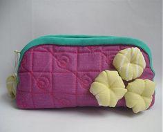 veronica / puf kvetinka fialová