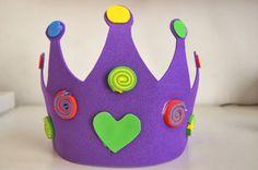 Costumi di Carnevale fai da te: corona di gomma crepla