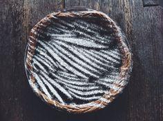 S M O K E * S I G N A L S | how to make a decorate pie stencil top