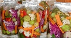 Are Pickles Cucumbers? Pickling Cucumbers, Romanian Food, Nigella, Detox Recipes, Fresh Rolls, Fruit Salad, Celery, Pickles, Sushi