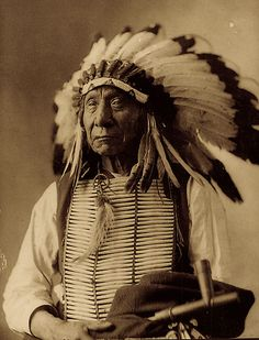 Red Cloud (Makhpiya-Luta) - Oglala Sioux: Red Cloud was both a great warrior and an intelligent negotiator for his people. From the Indian-white struggles of the 1850s to the battles along the Bozeman Trail in the 1860s, he fought to preserve the Sioux territory, taking a great toll on the American troops.