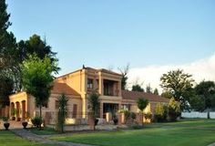 The guesthouse offers comfortable accommodation in close proximity to all the amenities you may need during your stay in the lovely town of Bloemfontein.