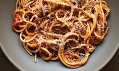 Bucatini with Butter Roasted Tomato Sauce : tomato, garlic, anchovy, red pepper flakes, butter, parmesan, spaghetti ; pasta ; noodles ; Italian ; easy