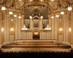 Impressions: Salzburg   Mozarteum - GF Luxury