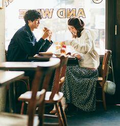Korean Wedding Photography, Couple Photography Poses, Film Photography, Japanese Photography, Friend Photography, Maternity Photography, Pre Wedding Poses, Pre Wedding Photoshoot, Couple Posing