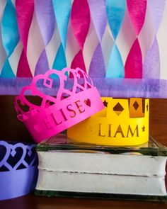 DIY Personalized Paper Princess Crowns for a Princess Birthday Party Silhouette Portrait Machine, Crown Silhouette, Princess Birthday, Diy Birthday, Birthday Parties, Princess Party, Birthday Crowns, Princess Sophia, Paper Princess