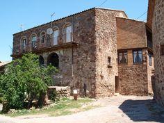 La Casa dels Templers https://flic.kr/p/JyQqhL | Puig-reig_casc templari_13 | OLYMPUS DIGITAL CAMERA