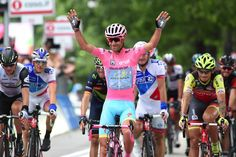 Vincenzo Nibali took the overall classification at the Giro d'Italia as Giacomo Nizzolo secured the final stage victory